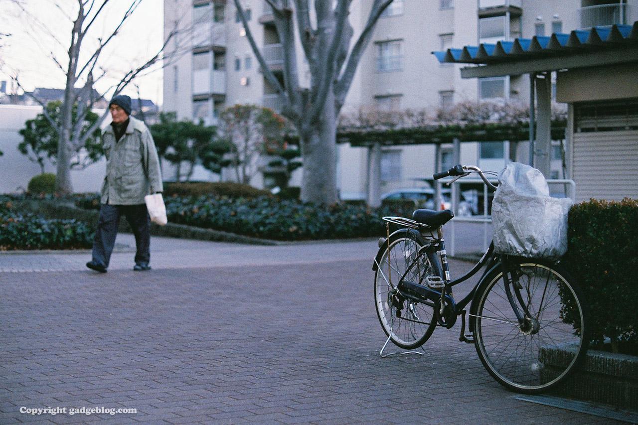 自転車とおじいさん